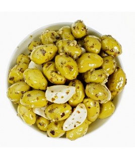 Olives ail basilic